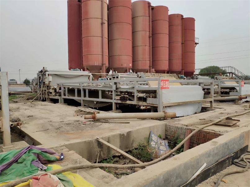 河北省江西垃圾焚烧发电实现尾水污泥零排放,过程虽说曲折,但是结果令人满意!恒磊带式压滤机,牛!